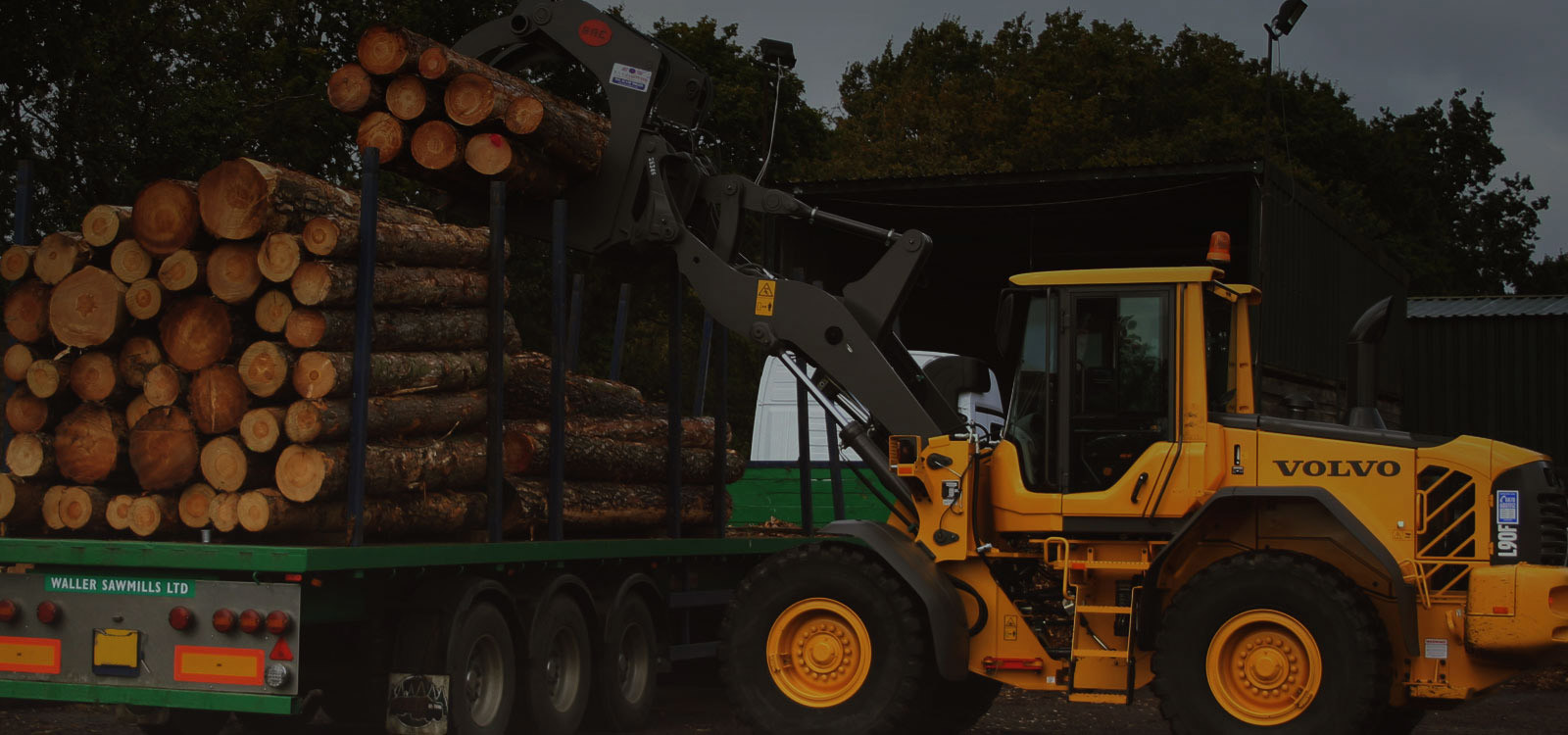 Waller Sawmills is a modern softwood sawmill producing pressure treated fencing products